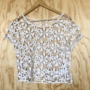 UO • Cream Floral Lace Top